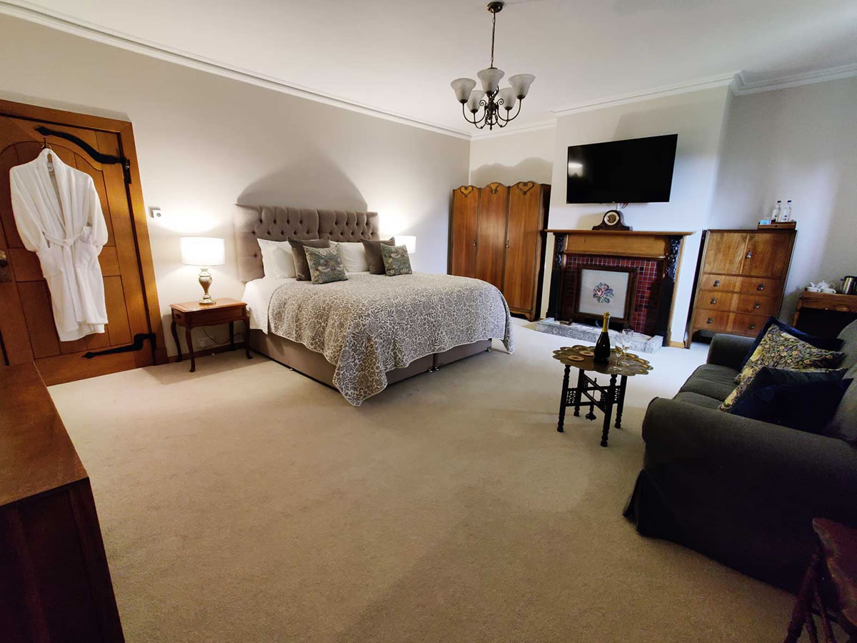 Bed and Breakfast Room
