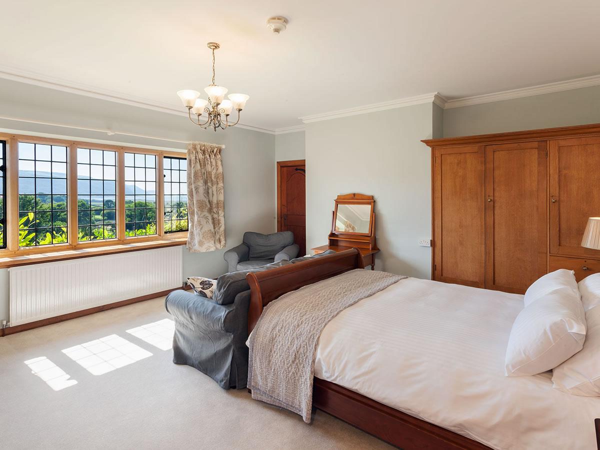 Greenaleigh bedroom