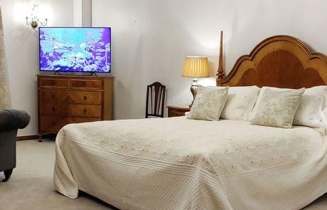 Heddon bedroom